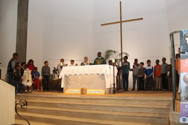 1ère Messe du dimanche